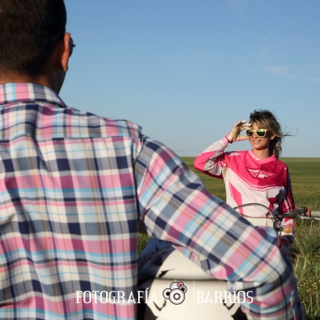 fotografía prenovios moto