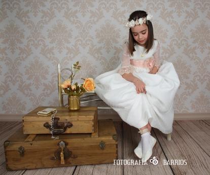 Reportaje de Comunión_foto estudio niña